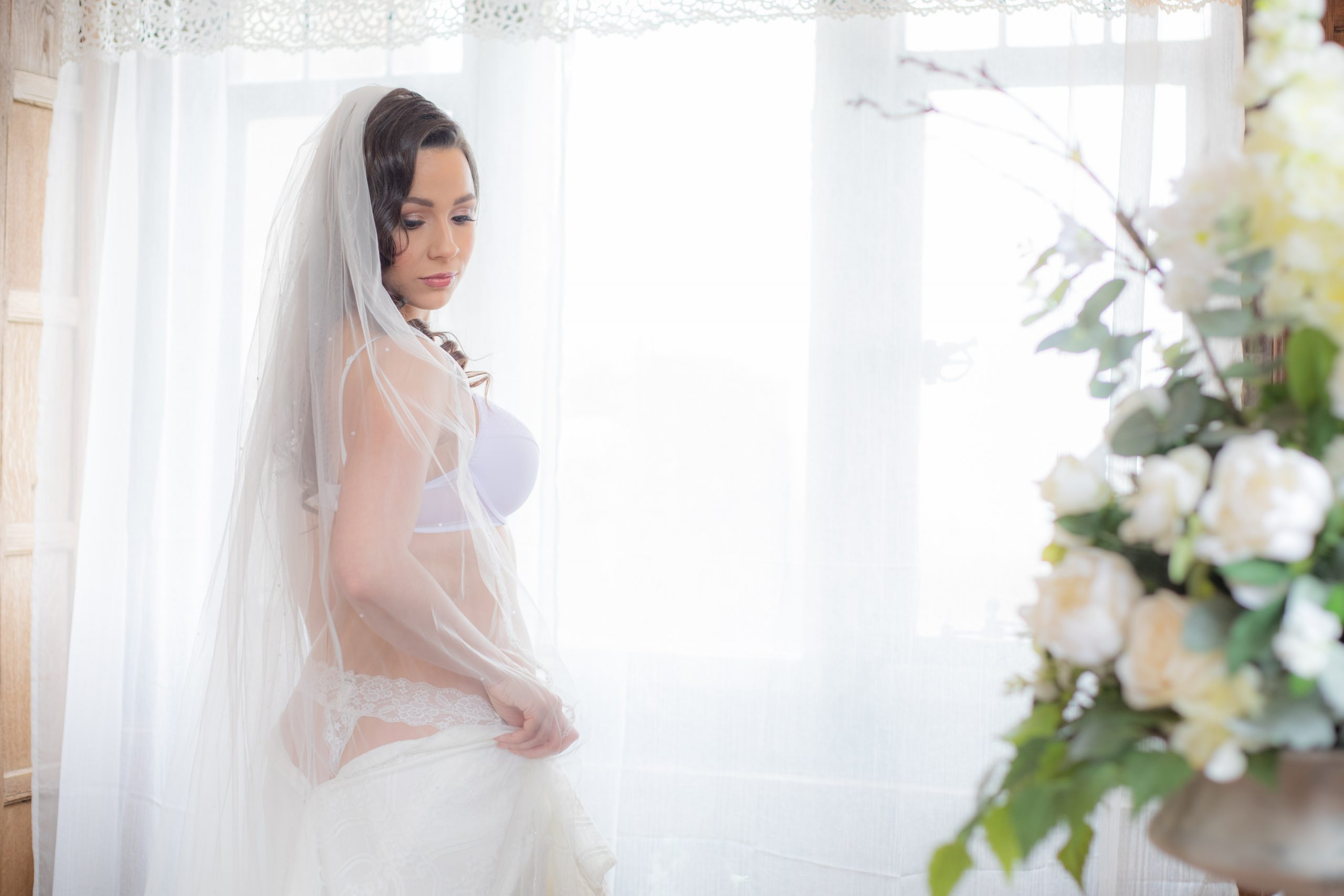 Why you should have a bridal boudoir photoshoot