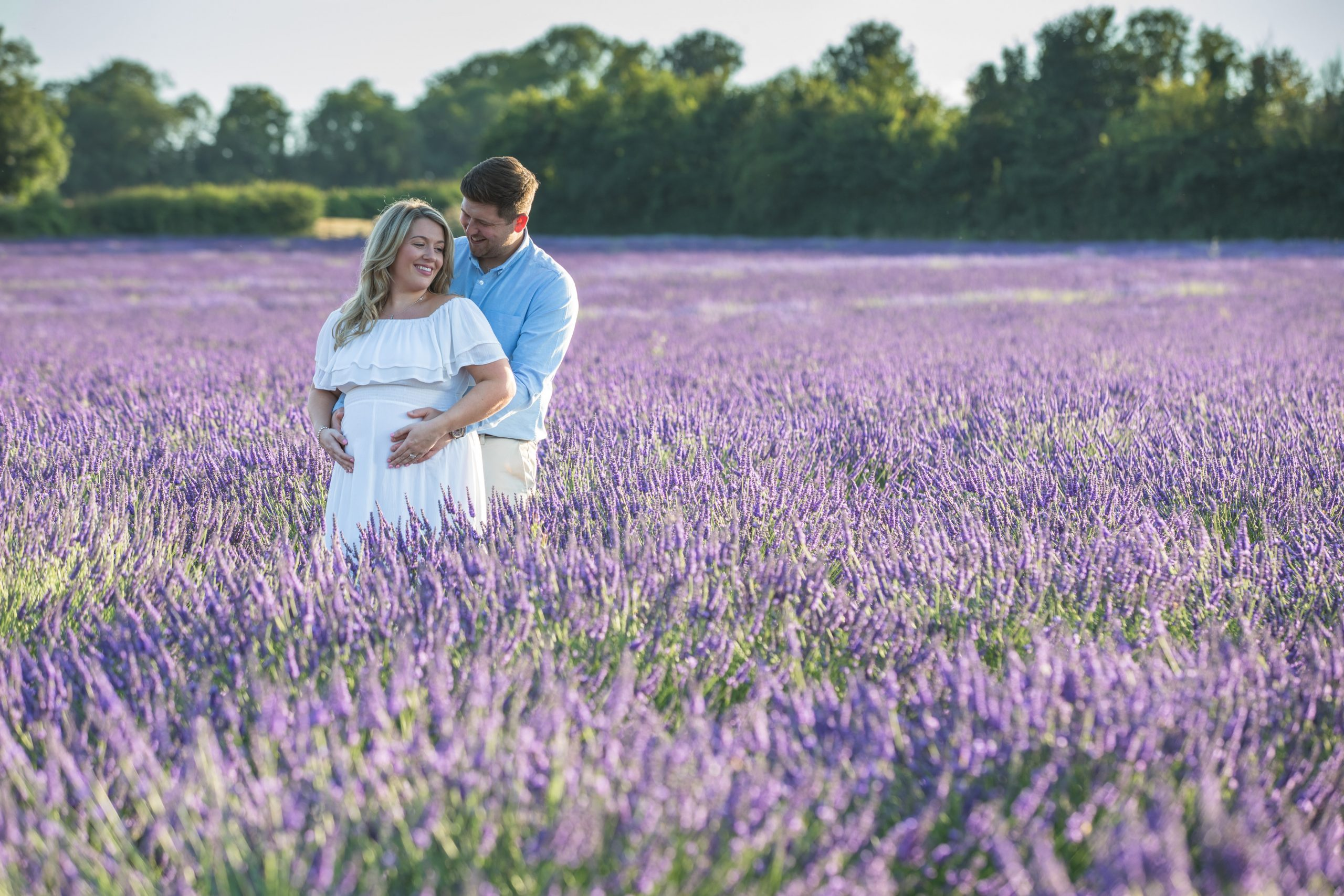 Kent maternity photography in a lavender field