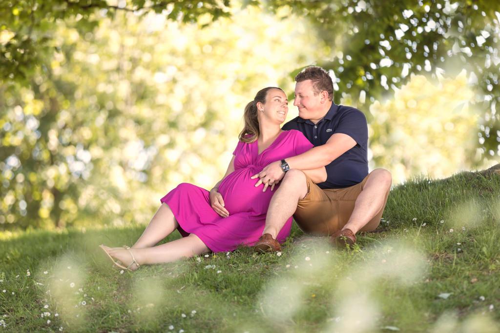 Outdoor maternity shoot