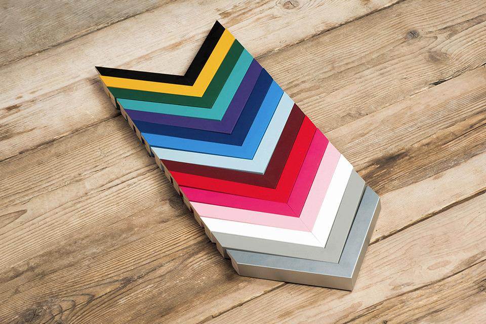 Spectrum Desk 08
